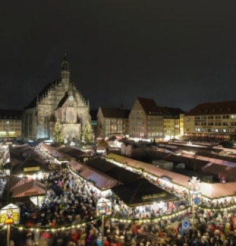 German Christmas Traditions: Weihnachtsmarkt (Christmas Market)