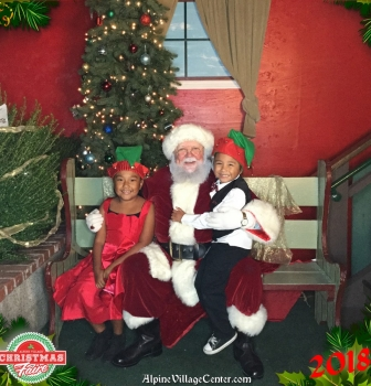 Photos with Santa at Alpine Village Center – December 9th 2018