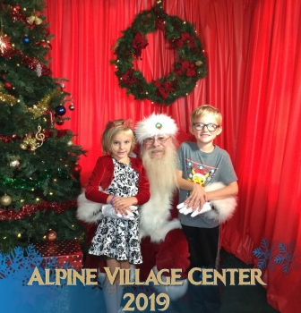 Photos with Santa at Alpine Village Center – December 7th 2019